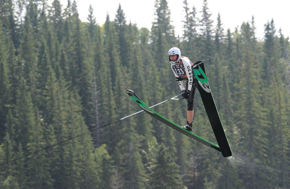 Прыжки на водных лыжах
