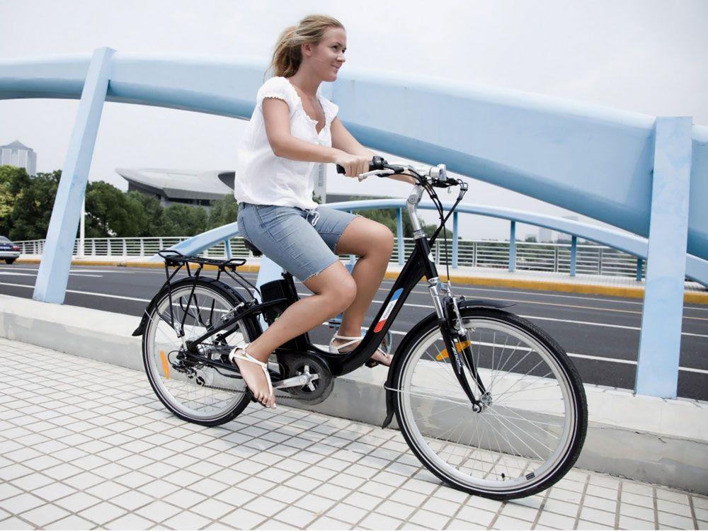 Катание на велогибриде