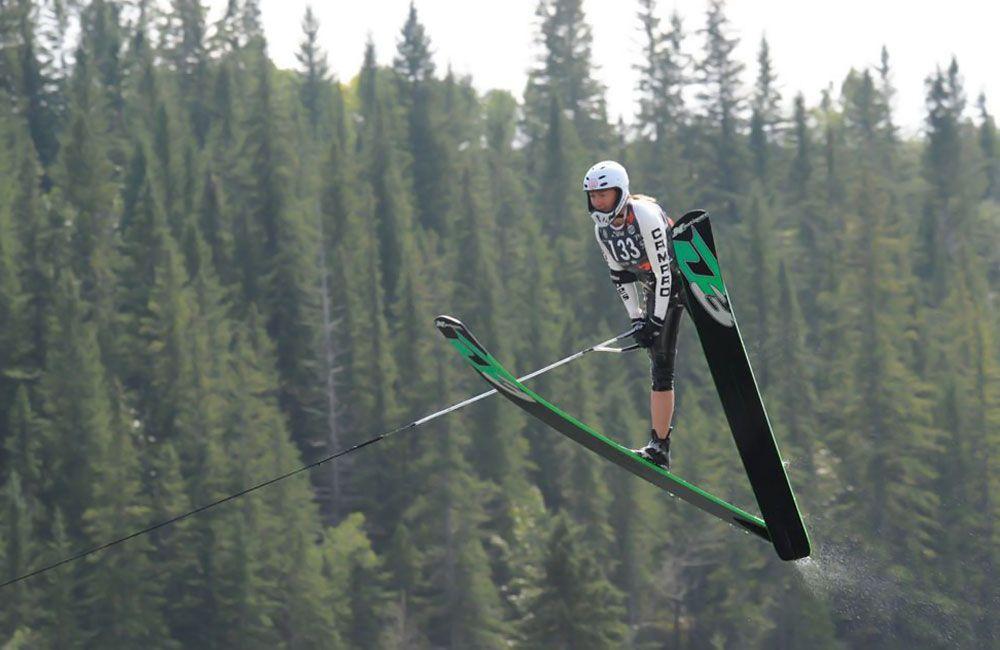 Прыжок на водных лыжах