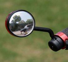 Зеркало на велосипеде