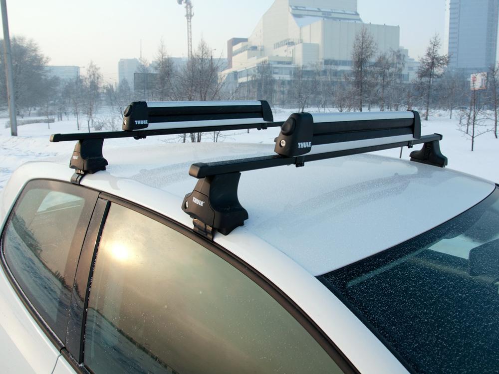 Крыша автомобиля зимой