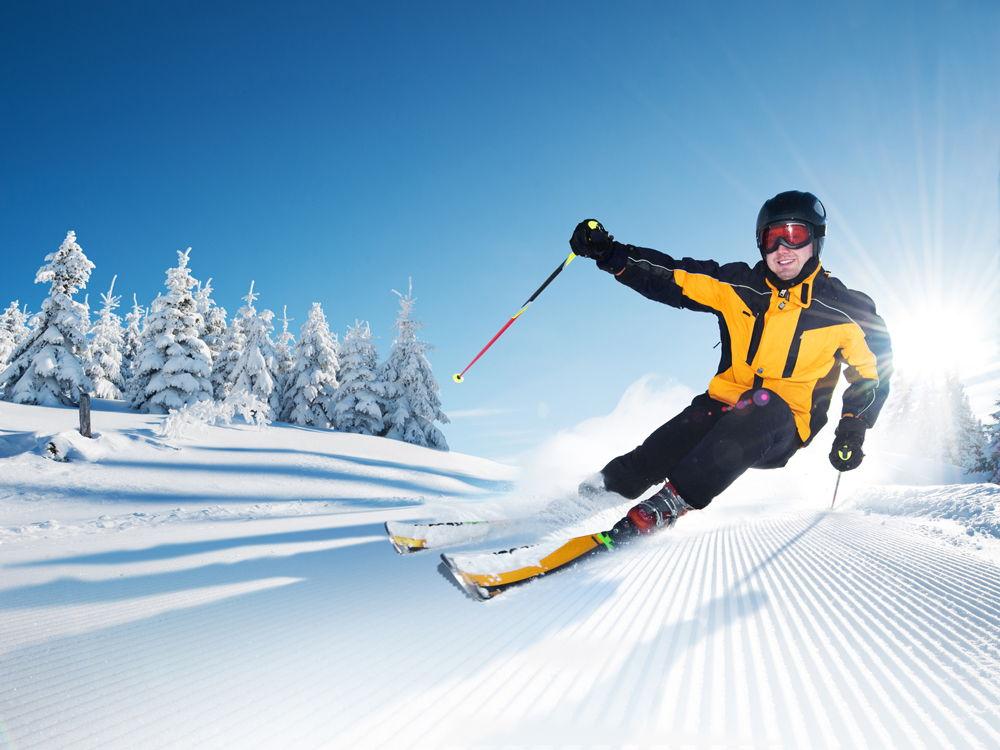 Человек на горных лыжах
