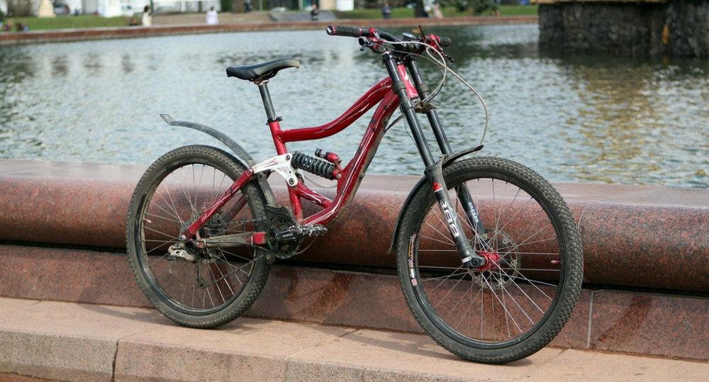 Велосипед с крыльями