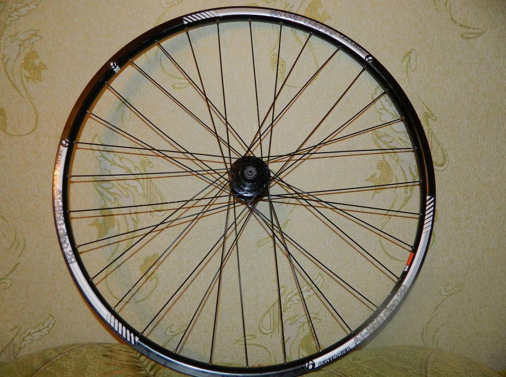 Крестовая спицовка колеса велосипеда