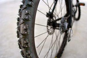 Шипованная резина для велосипеда