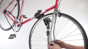 Открутить колесо велосипеда