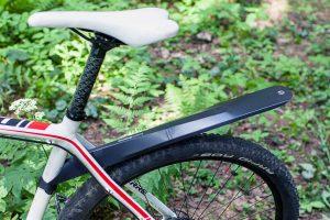 Правильная установка крыльев на велосипед