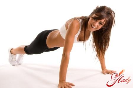 правильные упражнения для рук для женщин