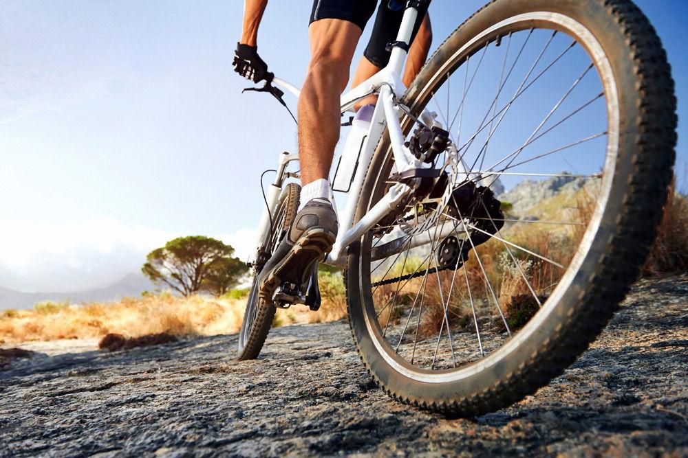 Болят колени после велосипеда или падения причины и лечение