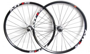 Два велосипедных обода Shimano