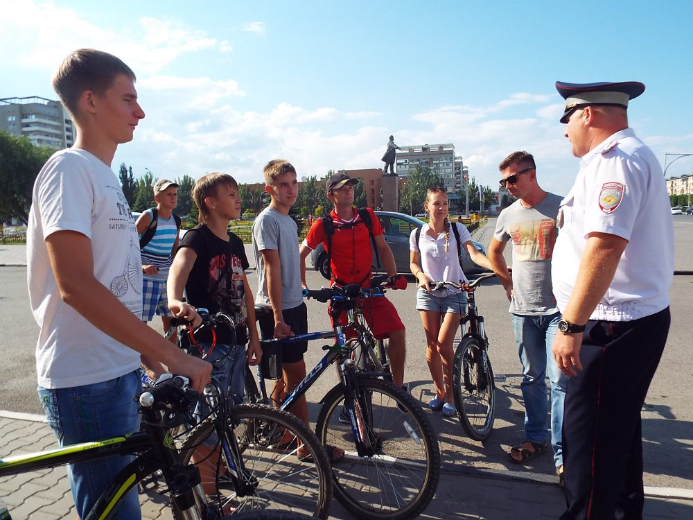 Нужны ли права на велосипед с мотором в 2019 году