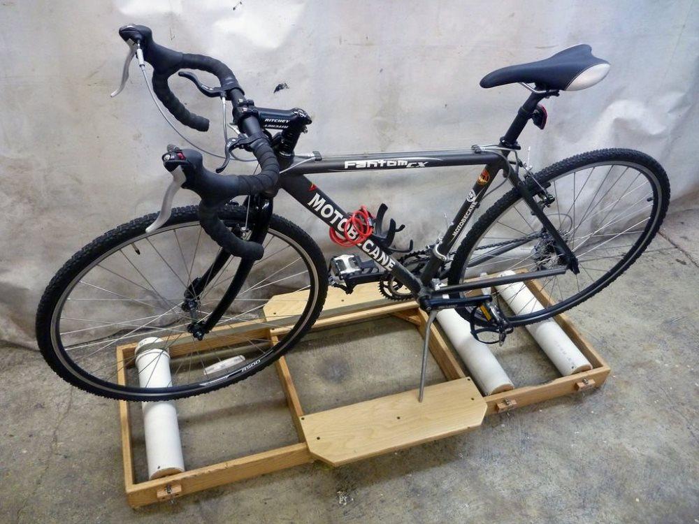 Тренажер из велосипеда