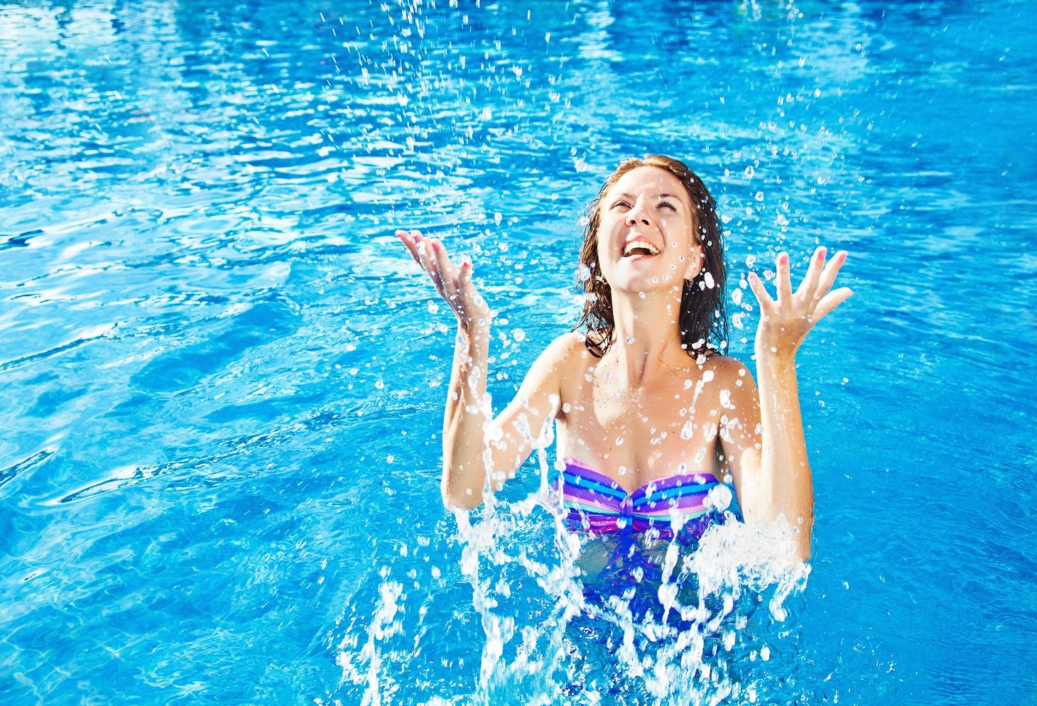 Заниматься плаванием можно похудеть