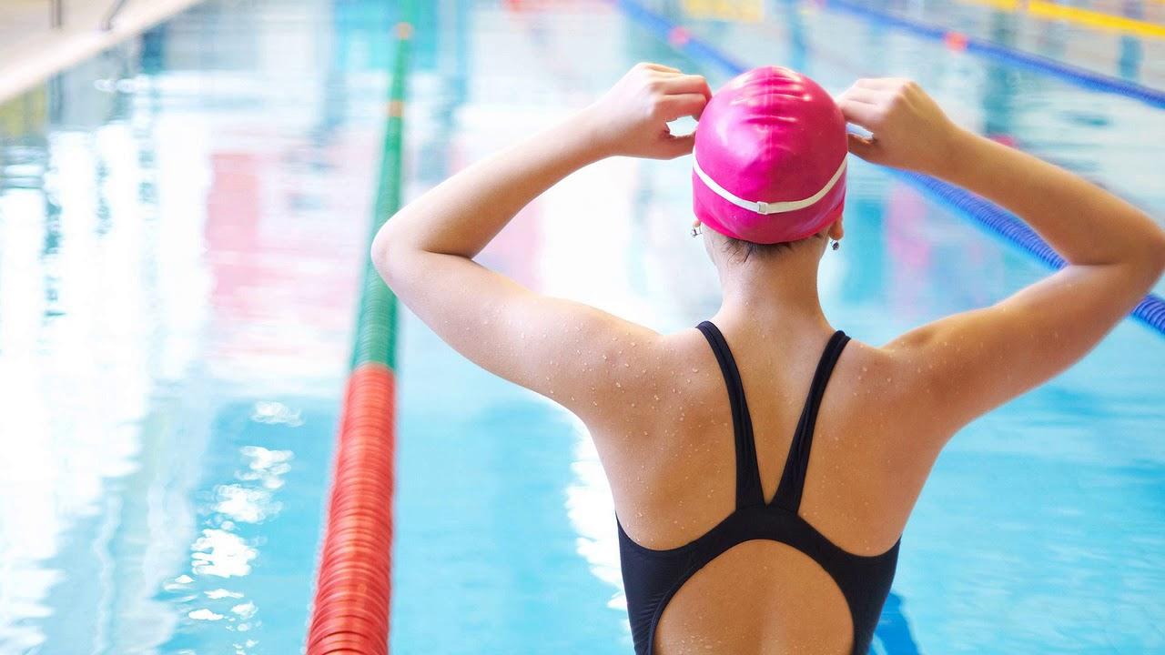 Всё о пользе и вреде плавания в бассейне