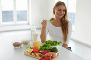 Что нужно делать после каждого приема пищи, чтобы не поправляться